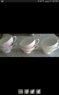 Retro giant bowl soup mug red white Cranbourne East Casey Area Preview