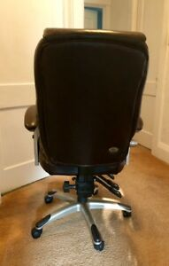Serta High Back Managers Chair - Brown