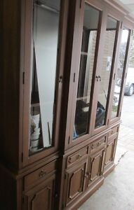 Hespeler Furniture 2 Piece Breakfront #525-4