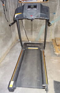 Treadmill - Horizon CT5.0
