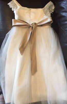 Little girl's formal white dress with gold sash, size 6, beautiful! Exclnt cond.