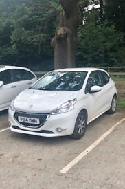 Peugeot 208, great condition, perfect for newly passed drivers
