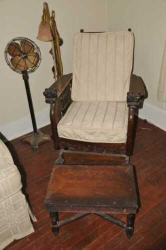 Rare Antique Victorian Claw Foot Morris Lions Head Chair Recliner