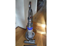 Dyson DC25 upright carpet cleaner - almost new