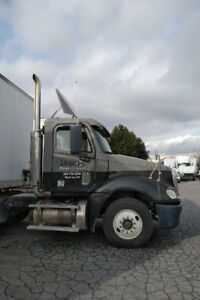 Freightliner 2007 CL120 Day Cab