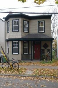 Jan-Apr 30 sublet/lease takeover. South End close to Dal/SMU