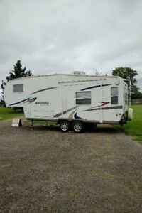 2007 5th Wheel Camper