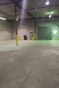 2 WAREHOUSES FOR RENT ONE IN LASALLE AND ONE IN ST LAURENT