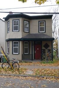 New May 4BR Close to DAL, SMU, Hospitals, Groceries