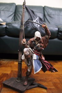 Assassin's creed Limited edition flag, box and statue