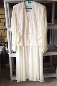 Beautiful Plus Size Mother Of The Bride Dress..3XL