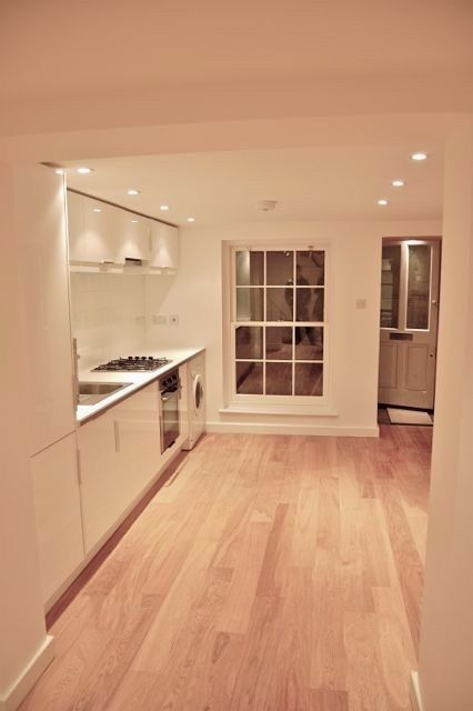 Brand new stunning 2 double bed flat in Heart of Camden ideal for sharers with a back garden!