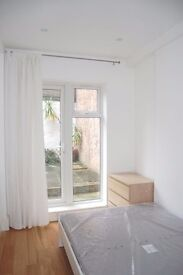 Stunning 2 bedroom to rent in Camden!! offered furnished and in immaculate condition