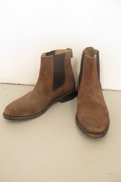 3cd91f333608 Samuel Windsor Chelsea Boots suede size 5