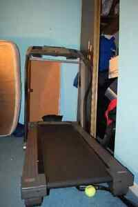 Treadmill ProForm West Island Greater Montréal image 2