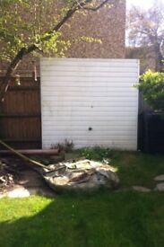 FREE********White garage door*********FREE