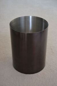 Small Metal Garbage Can for a Bathroom, Bedroom, Office...