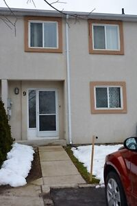 Collingwood, Stunning 3 bed, 3 bath in Classic Cove