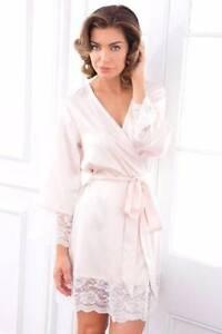 Wedding robe Merrimac Gold Coast City Preview