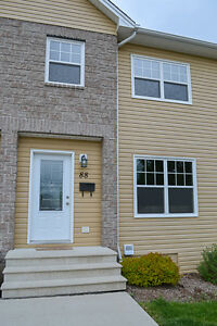 3-level townhouse with heat pump in great northside location!
