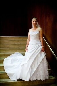 Alfred Angelo wedding gown - size 12-14