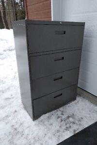 Filière 4 tiroirs et armoire en métal