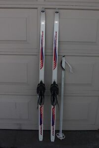 Medalist Waxless Cross country skis 160 cm skis for kids boots /
