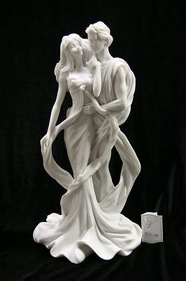 Romantic Lovely Roman Couple Italian Statue Sculpture Vittoria Made in Italy - Adorable In Italian