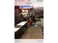 pizza shop for sale in very good location with a low rent ,no rate ,and good weekley income