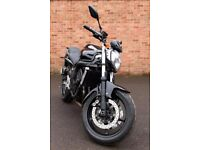 Yamaha FZ6 Fazer. 2010. Full MOT. 14700 miles. Excellent condition. Black.