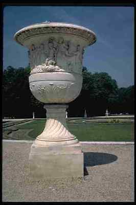 Versailles Urn (346093 Large Empty Urn Versailles France A4 Photo Print)