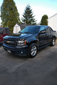 2011 Chevrolet Avalanche LT For Sale