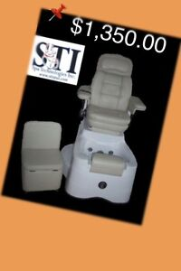 NEW - NEW - NEW  pedicure chair w/massager, conv. tub