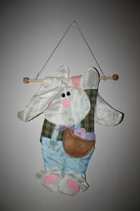 Easter Bunny Wall Hanging$5.00