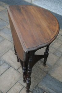 Vintage Gate-Leg Table (Solid Walnut Wood; Circa 1940)