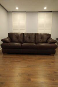 Chocolate Br All Leather Sofa (Natuzzi) Excellent Condition