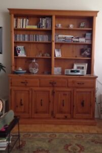 Wall unit - REDUCED