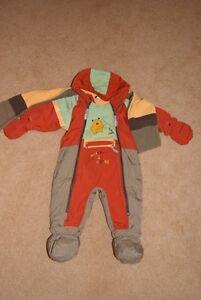 Size 12 month unisex Perlimpinpin snowsuit