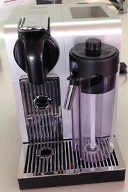 NESPRESSO DELONGHI LATTISSIMA PRO COFFEE MACHINE. IMMACULATE CONDITION.