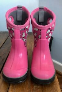 Bogs Toddler Size 8 Winter Boots (Pink Penguins)