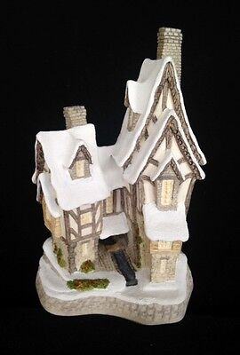 David Winter ~ FRED'S HOME ~ MIB ~ COA ~ 1991 CHRISTMAS SPECIAL ~ PERFECT