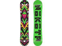 Nickita Chickita 143cm Snowboard with white Nickita Ninja bindings fitted! £260 Brand new!!!!!