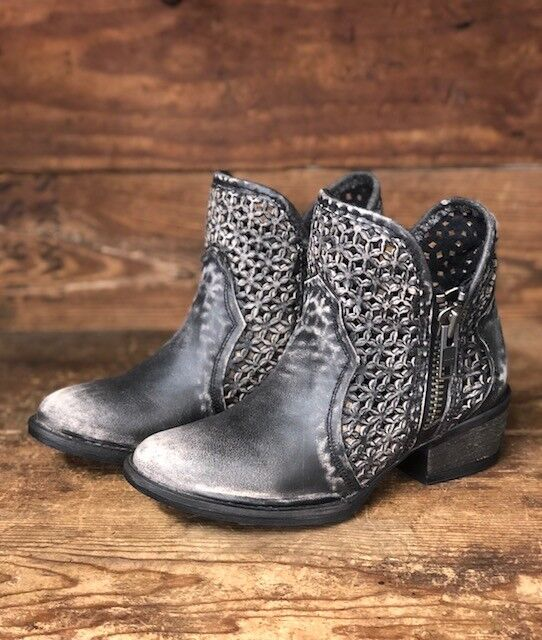 CORRAL CIRCLE G WOMEN'S DISTRESSED GREY- BLACK ROUND TOE ZIPPER ANKLE BOOT Q0001