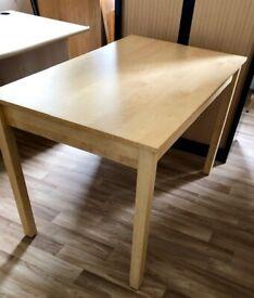 Table 120 cm - length 75 cm - width 78 cm - height