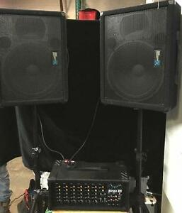 Kit de son Yorkville* Speaker + Mixer amplifié + Micro + Accesoires* Usager* Prix imbatable**