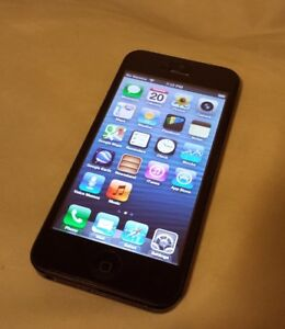 IPHONE 5S 16G IN EXCELLENT CONDITION