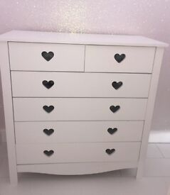 Girls white chest of drawers & toy box