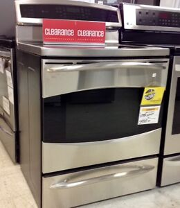 CLEARANCE G.E. Induction range at Sears