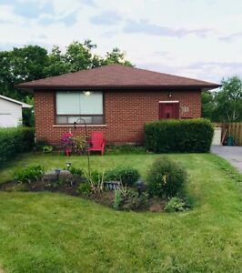 Main Floor 3 Bedroom Bungalow - Near 401 - Ideal for Commuters
