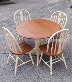 Lovely wooden kitchen table and chairs for sale